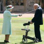 Королева Елизавета II посвятила в рыцари 99-летнего ветерана