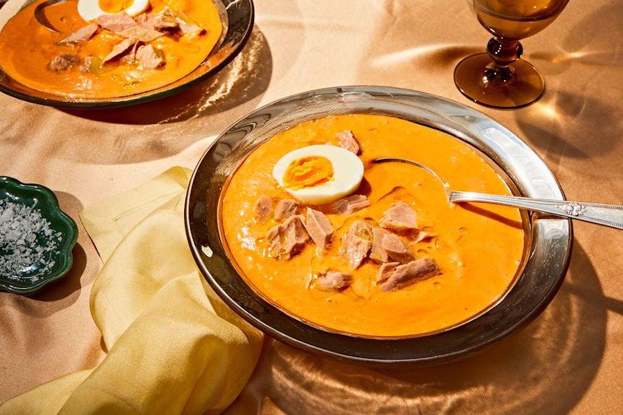 Spanish-style salmorejo soup recipe